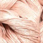 Mulberry silkegarn- i fargen 11-1408 utsnitt