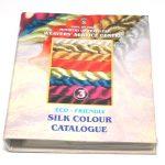 Duke silkegarn katalog for fargekart viser forsiden.n