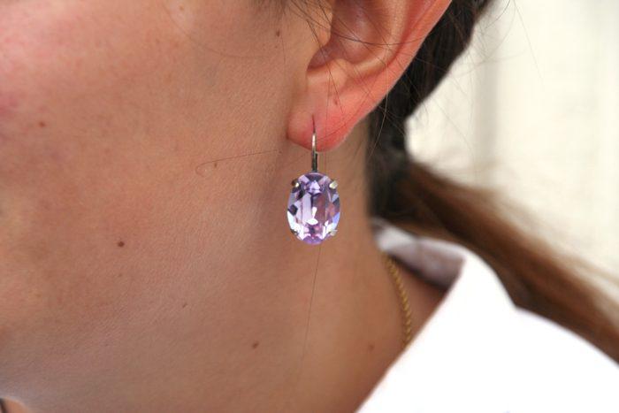 pees-swarovski-element-oredobber-med-krok-farge-violett-happyknitting