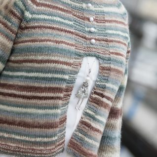 garnpakke kort-jakkegenser-i-drops-big-delight
