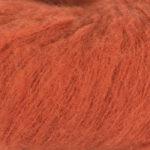 Bildet viser strikkegarnet Faeerytale fra Du store alpakka. Her i fargen 783 brent oransje.