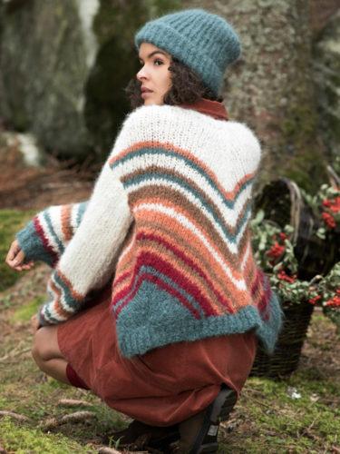 Rosewood jakken strikkes i Fnugg garn fra Camilla Pihl