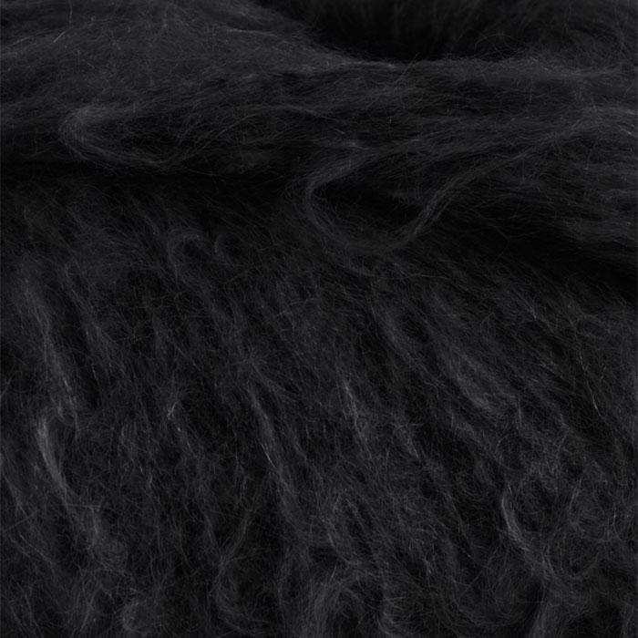 Strikkegarnet Fnugg fra Camilla Pihl her i fargen 901 svart