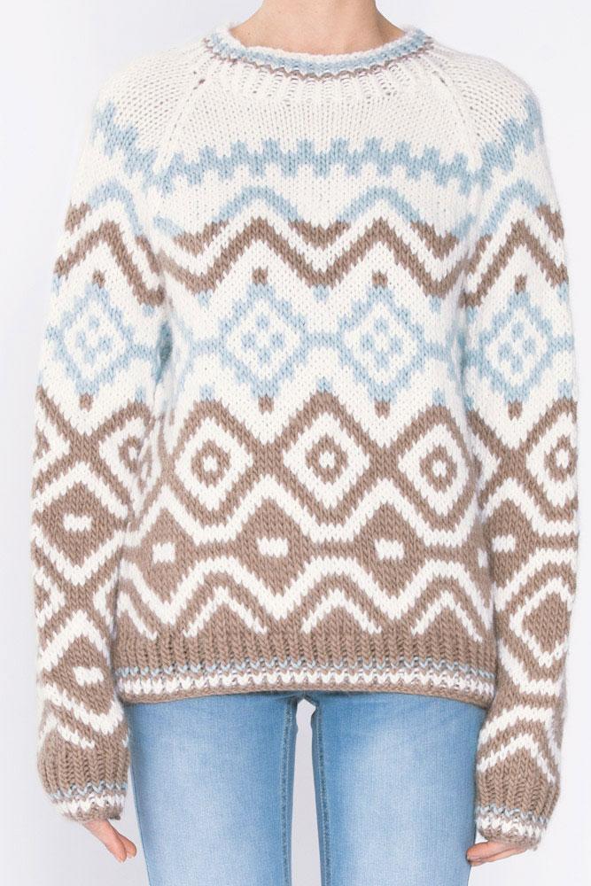 Strikkepakken inneholder mønster og garn fra Camilla Pihl til Cp58 Bluebell genser