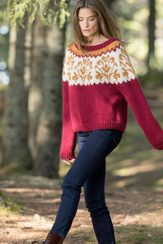 Strikkepakken inneholder mønster og garn fra Camilla Pihl til cp05-16 Honeysuckle genser