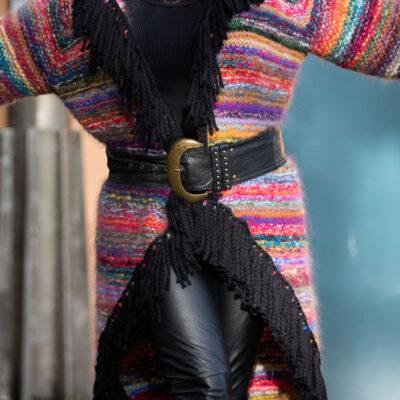 Restegarns jakke i Påfugl garn – på Tykke pinner