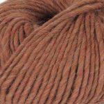 Olava garn fra Camilla Pihl i fargen 26 Toffee melert