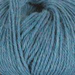 Strikkegarn Sterk fra Du store alpakka. Her i fargen 876 lys denim melert.