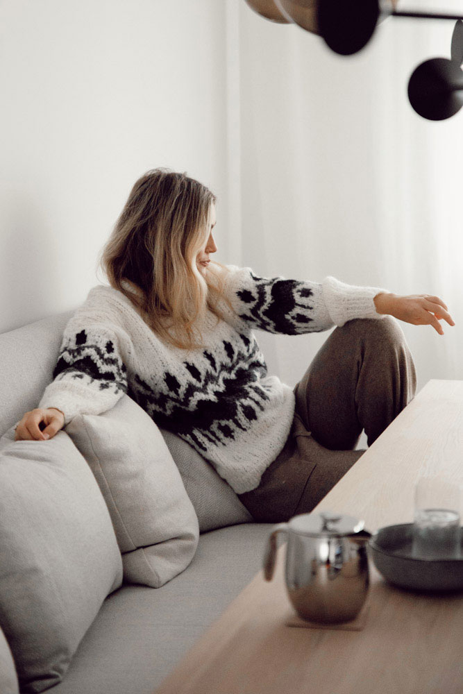 Strikkepakken inneholder mønster og garn fra Camilla Pihl til Cp17-12 Emerald genser