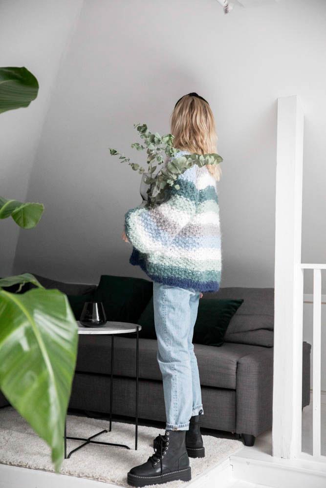 Strikkepakken inneholder mønster og garn fra Camilla Pihl til Adrianne 19-01