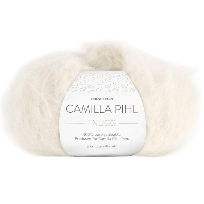 Fnugg garn fra Camilla Pihl. Supermykt alpakka garn her i fargen 902 hvit