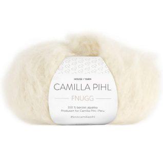 Fnugg garn fra Camilla Pihl. Supermykt alpakka garn her i fargen 903 natur.