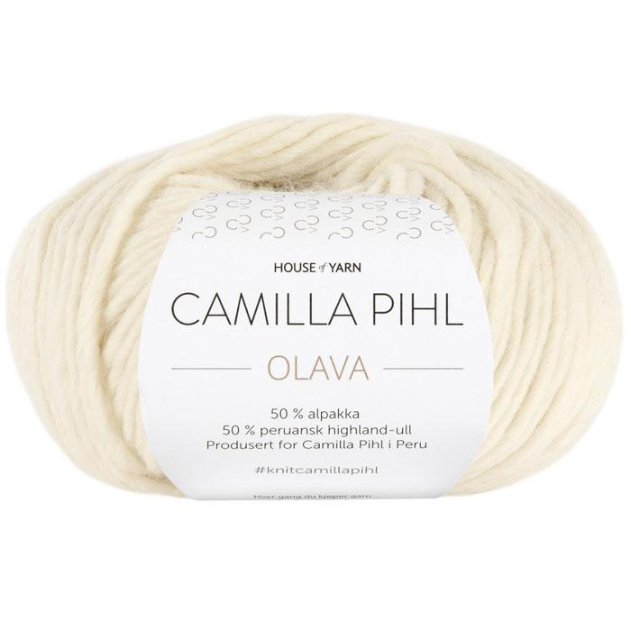Olava garn fra Camilla Pih, 50 % alpakka og 50 % peruansk highland-ull. Her i fargen 904 himmelbla.