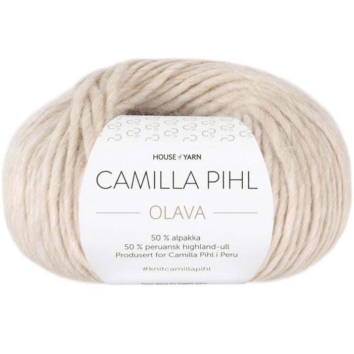 Olava garn fra Camilla Pih, 50 % alpakka og 50 % peruansk highland-ull. Her i fargen 925 sandmelert
