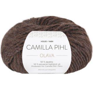 Olava garn fra Camilla Pih, 50 % alpakka og 50 % peruansk highland-ull. Her i fargen 928 Olava garn fra Camilla Pih, 50 % alpakka og 50 % peruansk highland-ull. Her i fargen 929 espressomelert