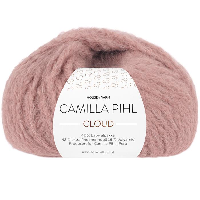 Bildet viser alpakkagarnet Cloud fra Camilla Pihl. Bildet har en hvit banderole rundt som er midtstilt. Nøstet er fotografert rett forfra. Her i fargen 207 støvet rose.