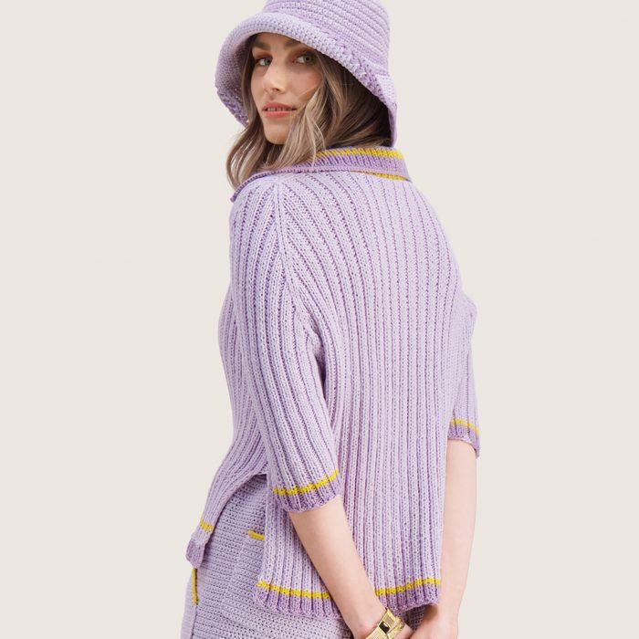 xStrikkepakken inneholder mønster og garn til Syrin skjorte fra Ida Broen og Skappel . Designet i bomullsgarnet Frisk. I fargen lilla.